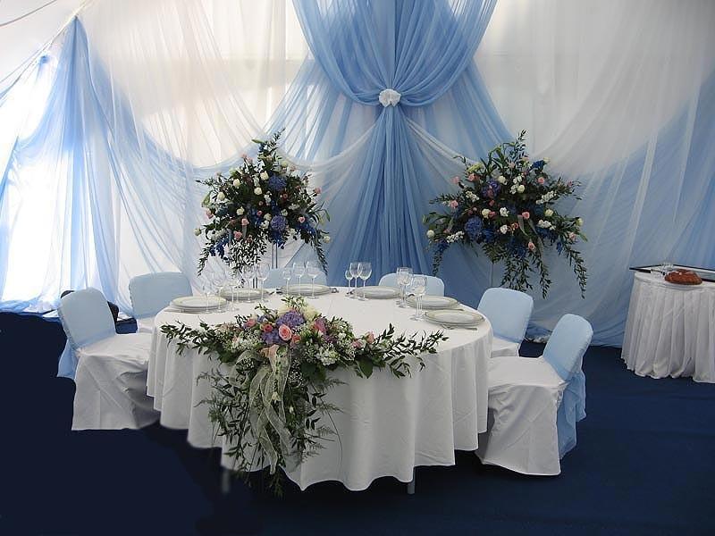 Драпировка стен тканью на свадьбу