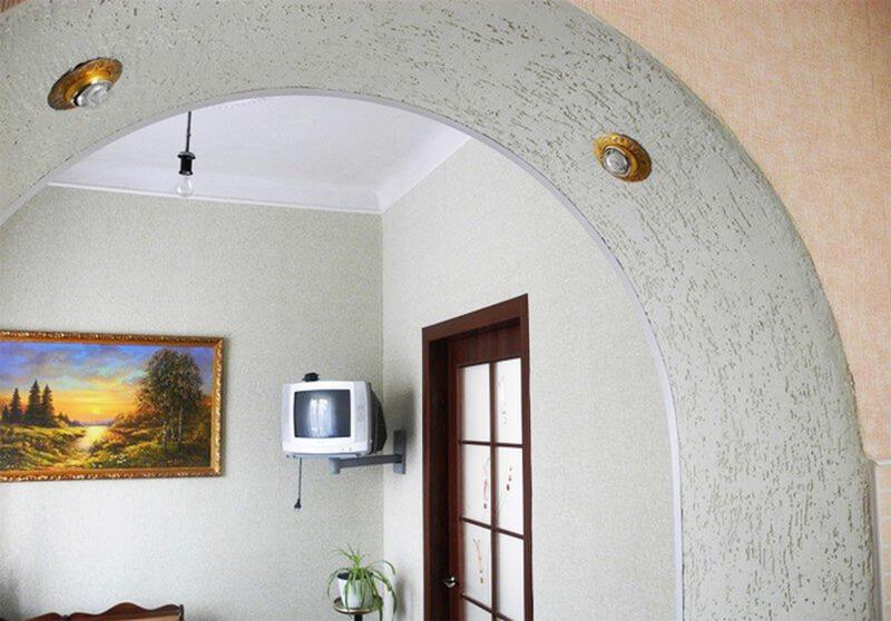Декоративная штукатурка в межкомнатной арке