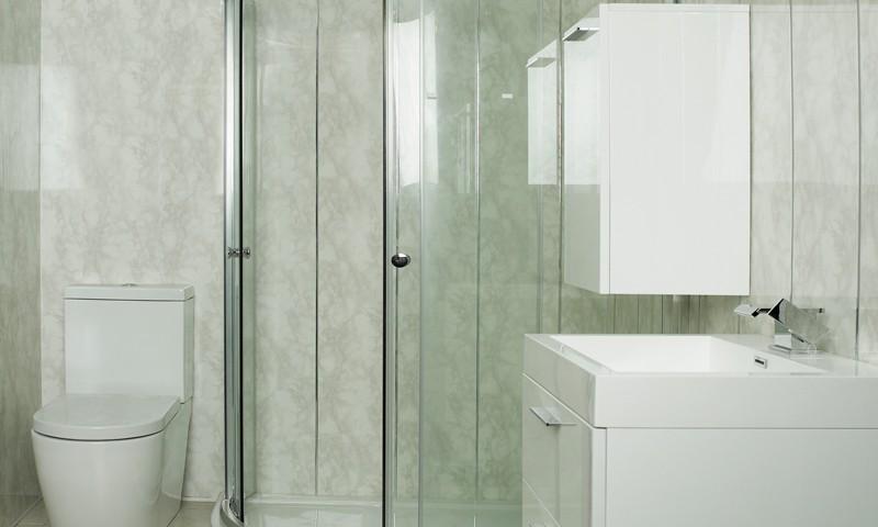 Пластиковые панели в интерьере ванной комнате