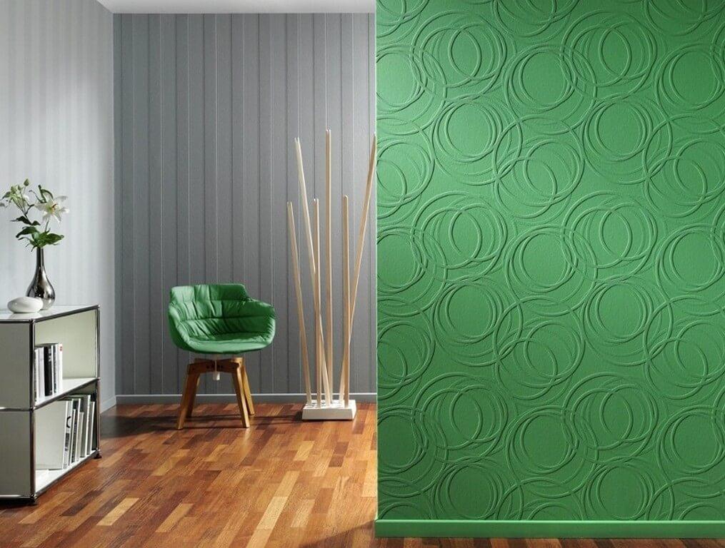 Покрашенные флизелиновые обои в интерьере