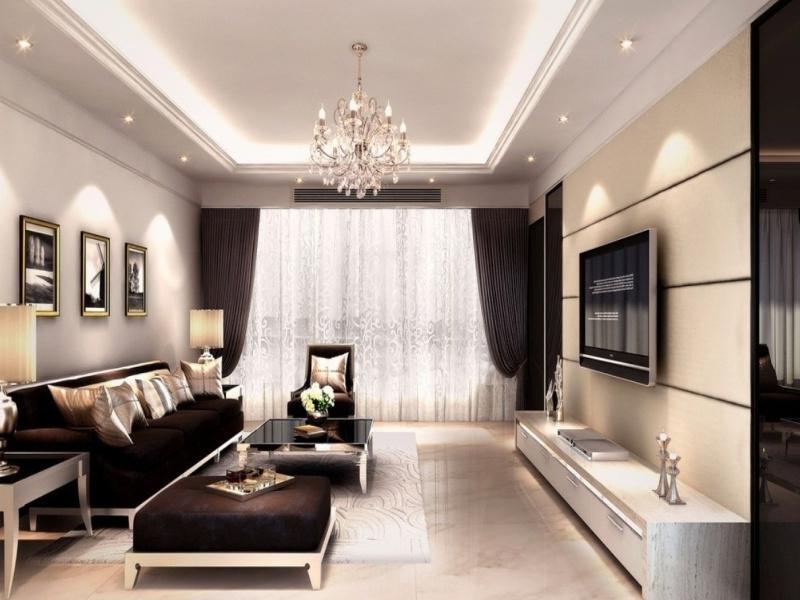 Интерьер зала с балконом