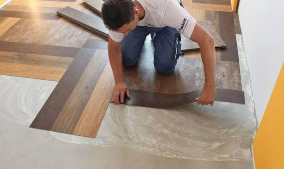 Укладка кварцвиниловой плитки